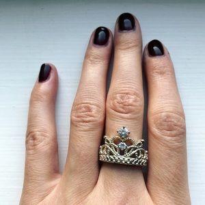Vintage ornate silver & diamond crown ring